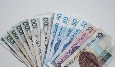 Bonus-za-rejestracje-u-bukmachera-w-polsce-370x215 Bonusy bukmacherskie Bonus na start
